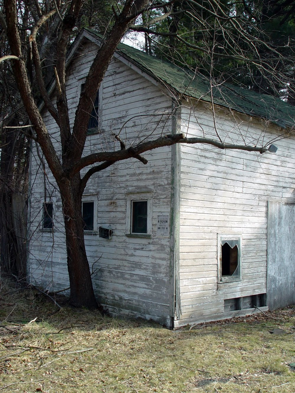 Back in 2010 - Remnants of a long-forgotten house. Perhaps once belonging to Francis A. McEnerney (see plaque below).