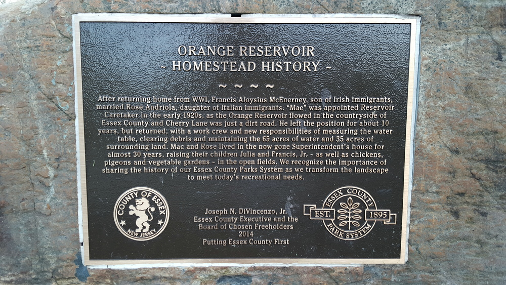 Plaque at the entrance to The Waterfront, dedicated to the former Reservoir Caretaker.  Read the dedication .