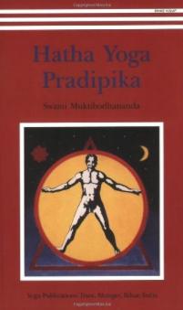 Hatha Yoga Pradipika Translation & Commentary by Swami Muktibodhananda