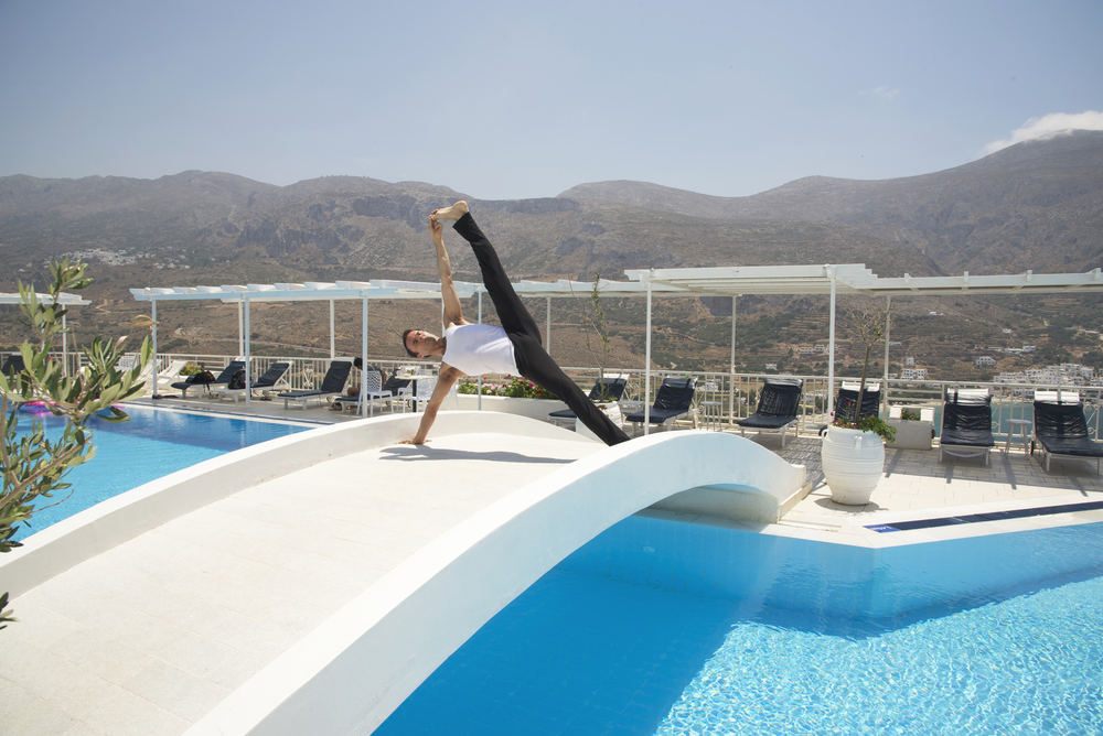Garth - Greece - Pool - Vacistasana 1.jpg
