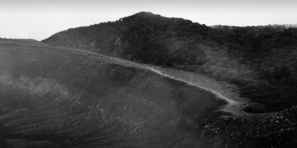 volcan poas hidden path