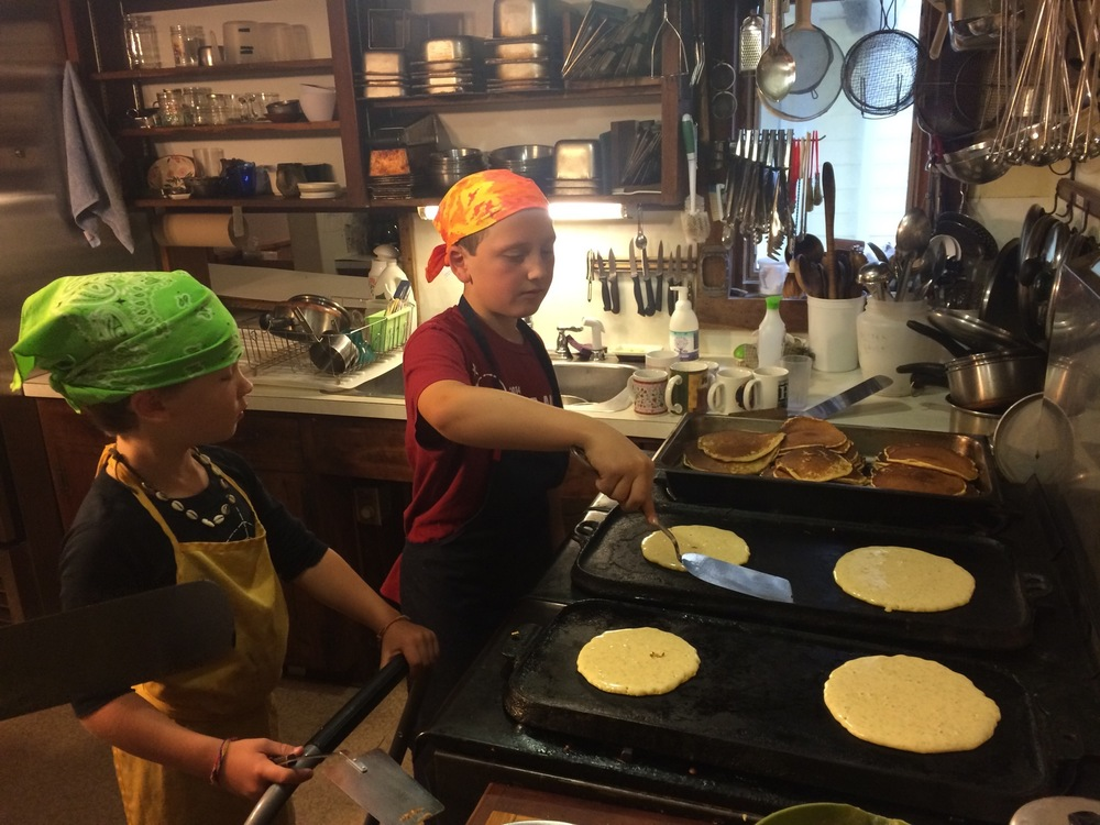 Journey's End Farm - Folk Song Weekend - Breakfast Cooks.JPG