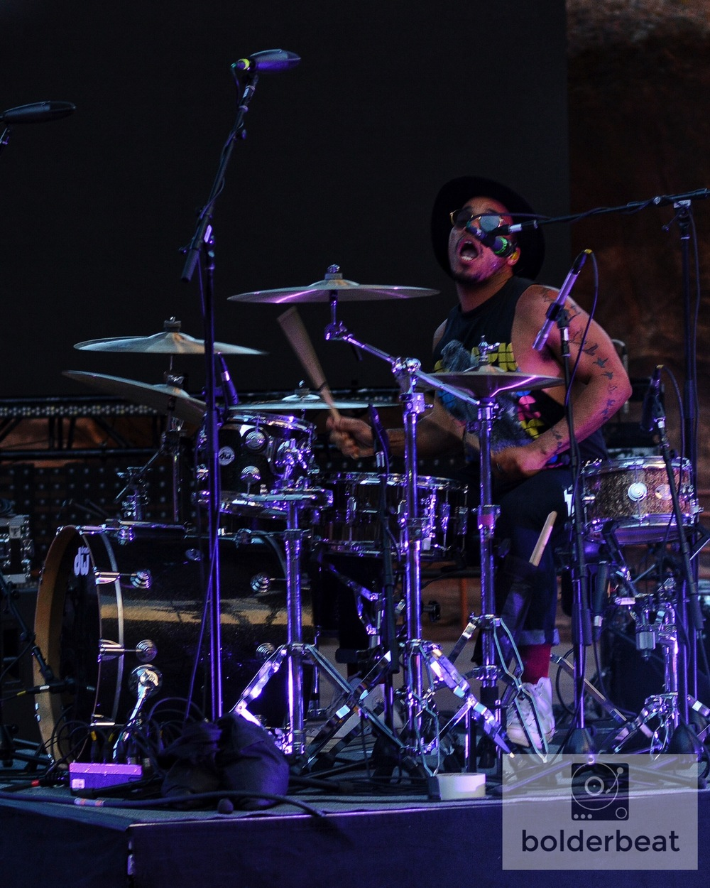 Paak on the kit.
