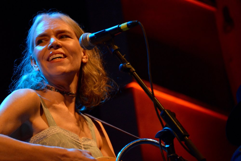 Gillian Welch with Dave Rawlings Machine.jpg