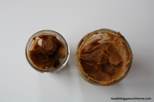 The color of date paste darkens over time. The jar on the left has been in my refrigerator for about a week and the jar on the right is fresh date paste.