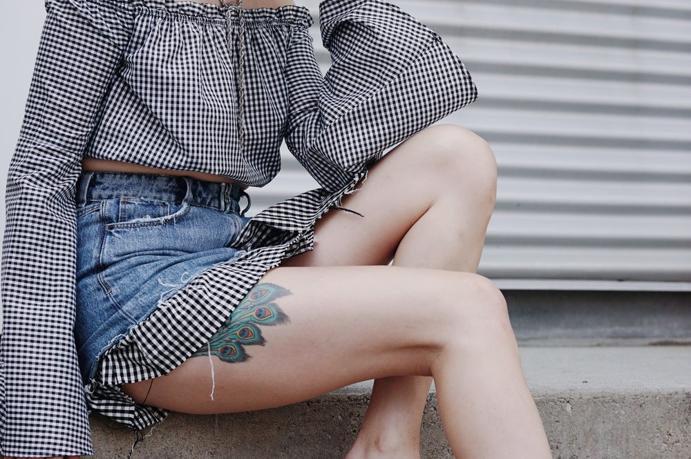 Toronto Style Blogger Bratty B discusses the Gingham Trend in Fashion. Wearing Zara, Missguided and Aldo.