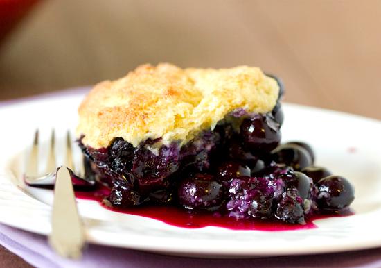 blueberry-cobbler-3-550