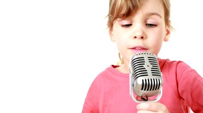LittleGirlMicrophone