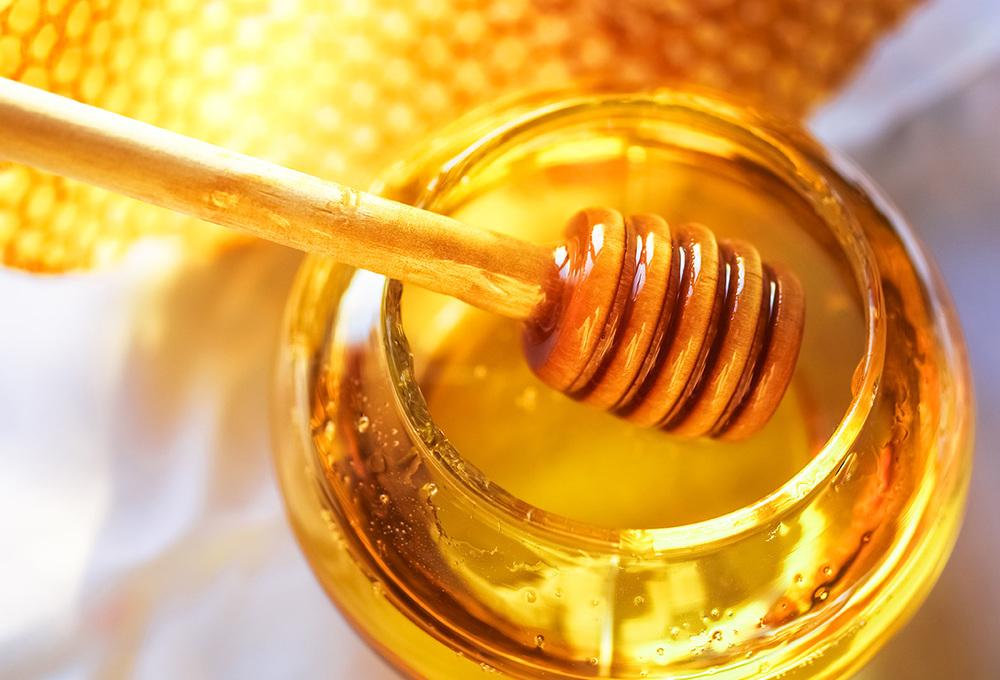 6 Myths About Honey: True or False?
