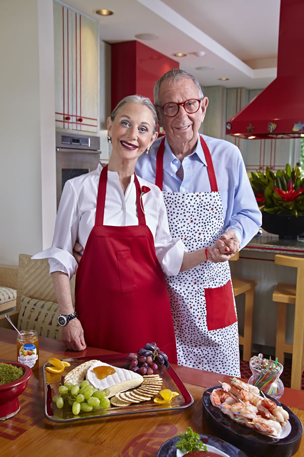 Honey and Shelly in their Palm Springs Kitchen; image via r|M Magazine.
