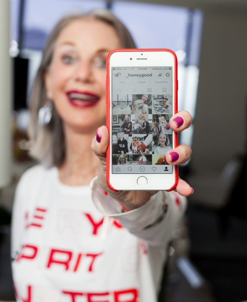 Best Instagram Fashion For Women Over 50