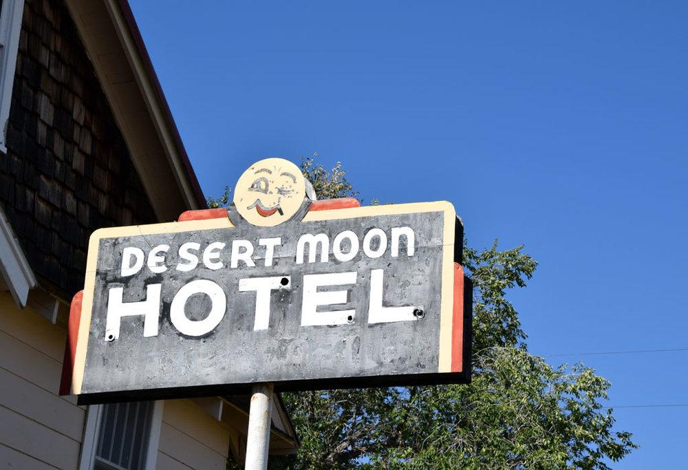 DesertMoonHotelRVPark_desertmoonhotel_01.jpg
