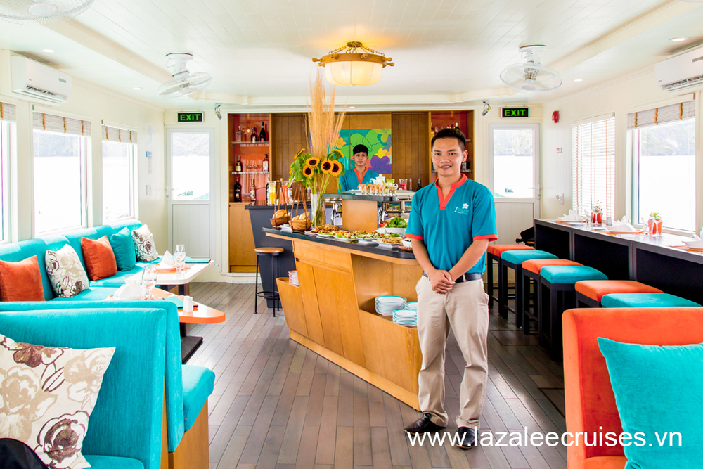 L'Azalée Cruises_Day Cruise_F&B_Buffet Setup (3).jpg