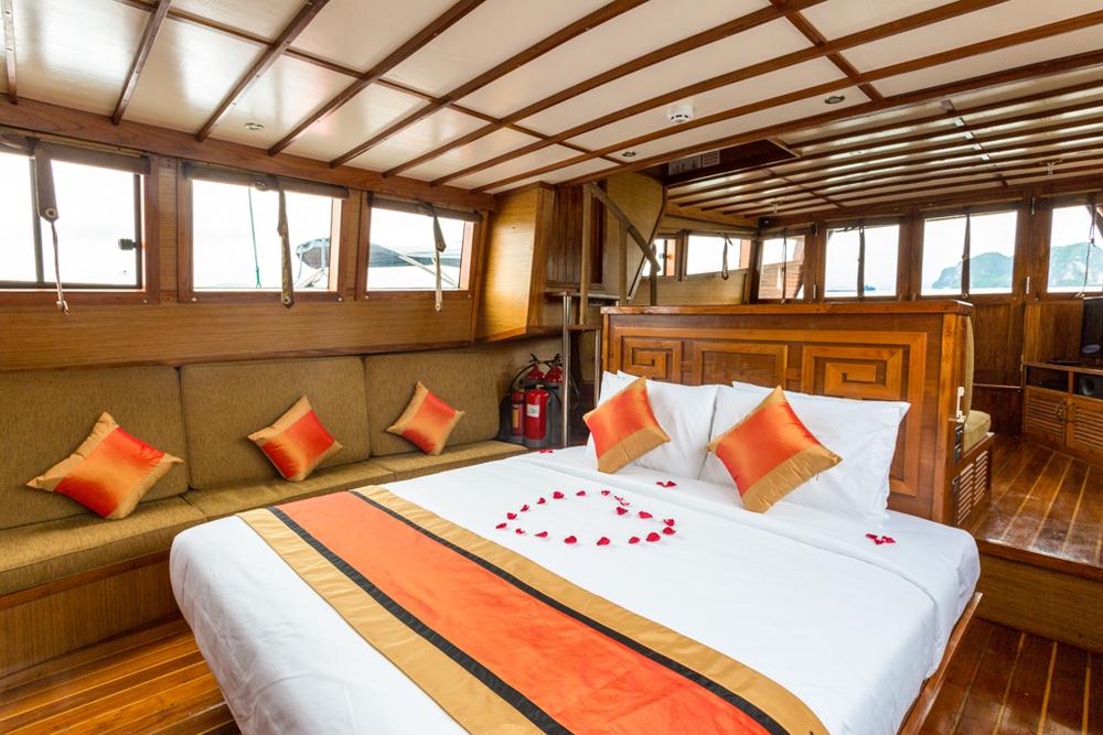 L'Azalée Cruises_Private Cruise_Accom_Deluxe (2).jpg