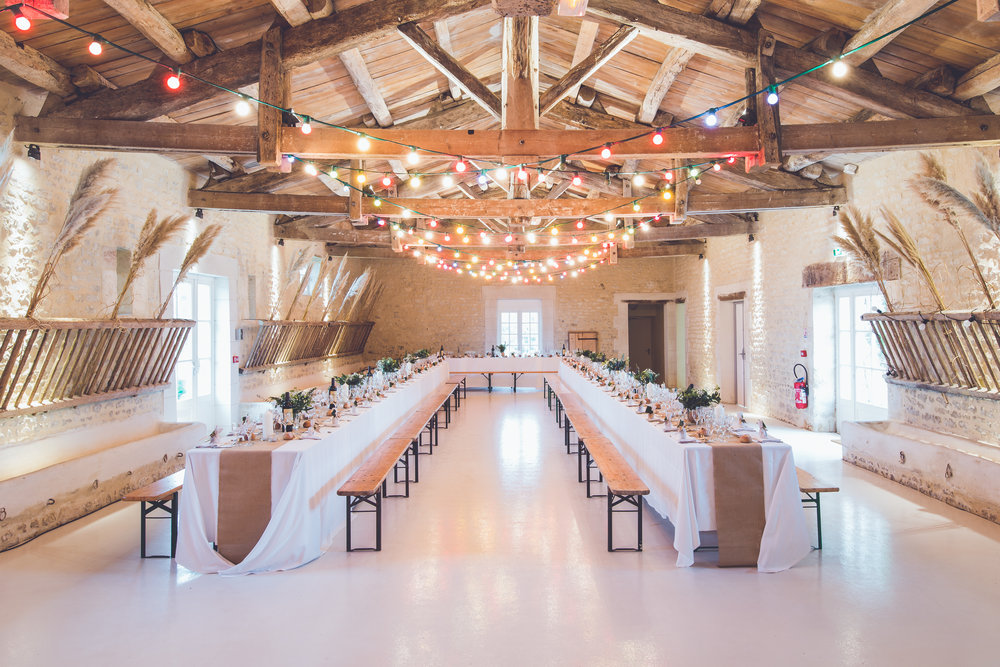 WEDDING VENUE BARN
