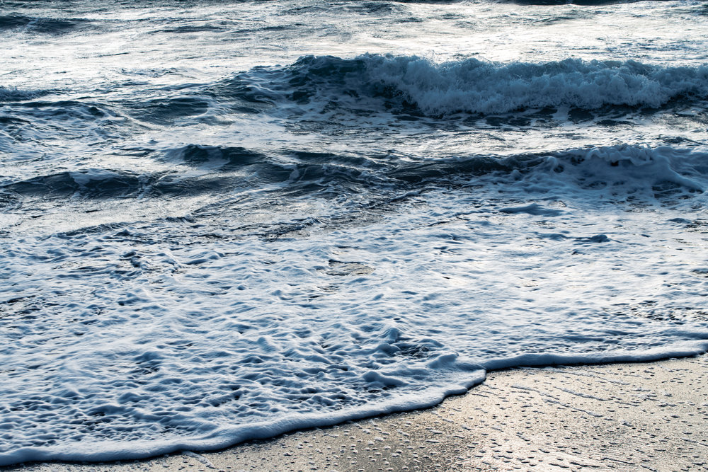 6.21. Summer_Beach_Waves_ (37 of 48).jpg