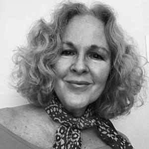 Gretchen Farrell headshot.jpg