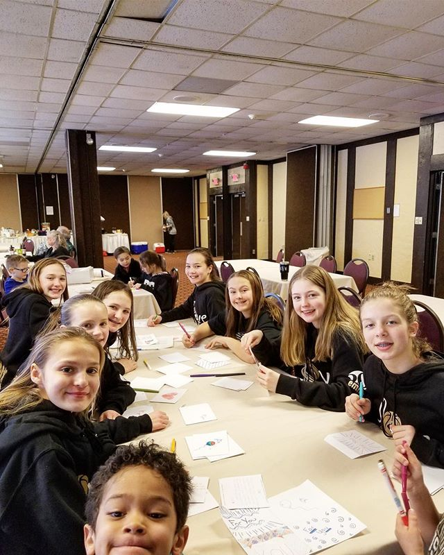 Shout out to our teen volunteers  The Andover Basketball Girls team! Each notecard that is written goes into a PAB'S PACK to encourage and brighten a chronically ill teens day. Thank you Andover Basketball girls for sharing your time and creativity! #teensgivingback #pabspacks