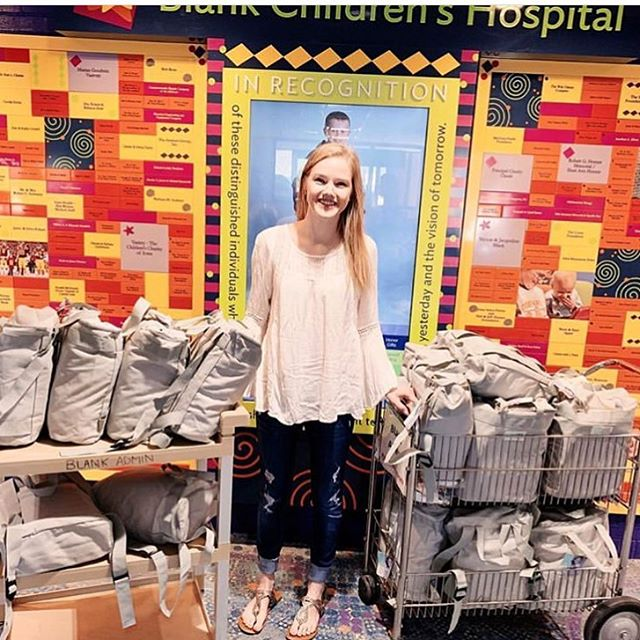 One of our first pack recipients @natryon delivering #pabspacks to her hometown children's hospital in Des Moines, IA. We love seeing our legacy continue and how our mission of comfort and encouragement to chronically ill teens has impacted thousands of teens across the country!