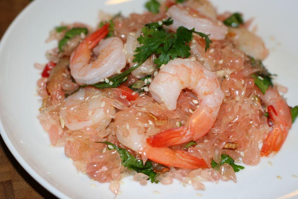 Spicy Thai Pomelo Salad (Yam Som-O) — foodskop