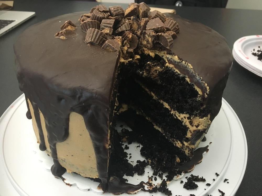 A really nice 3-tier chocolate cake to impress anyone!