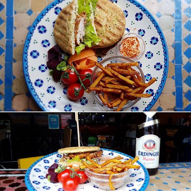Algerian Chicken Burger @bluemanbrighton . . . #brightonandhove #brightondrink #brightonfood #meat #foodporn #foodie #foodinbrighton #getinmybelly #babybackribs #yummy