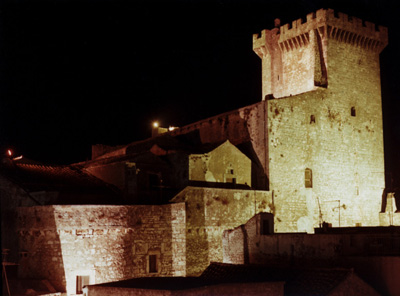 Ceglie_Messapica-Castle.jpg