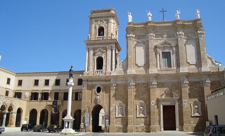 cattedrale-di-brindisi-puglia.jpg