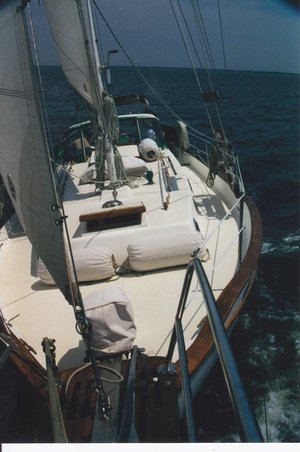 Westsail 32 Xapic Mid Atlantic enroute to Bermuda