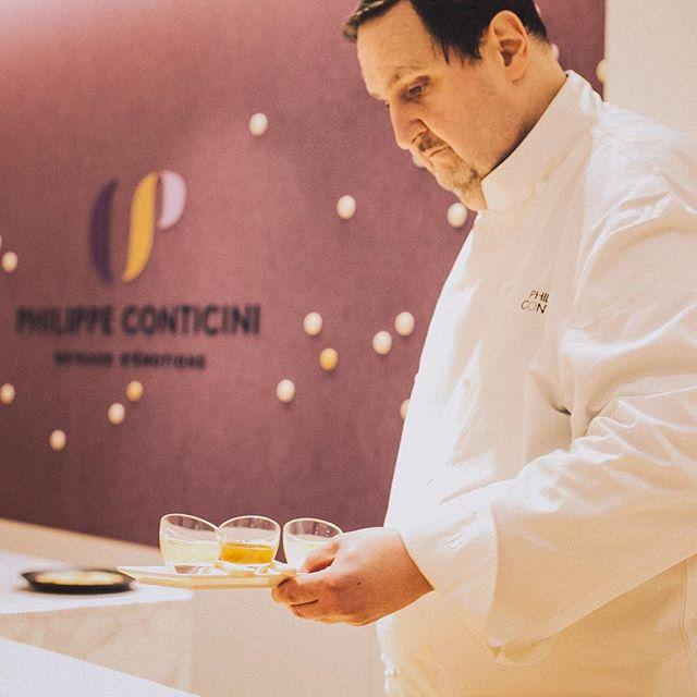 Conticini 主廚在他的東京同名甜點店「Philippe Conticini – Gâteaux d'émotions」開幕會上做準備。(照片來源:Instagram  @philippe_conticini_jp )