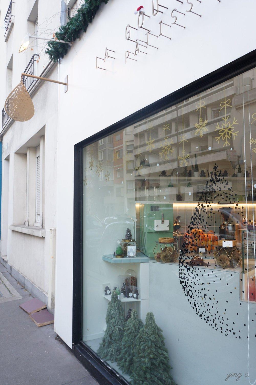 位於蒙馬特安靜一角的Pâtisserie La Goutte d'Or。