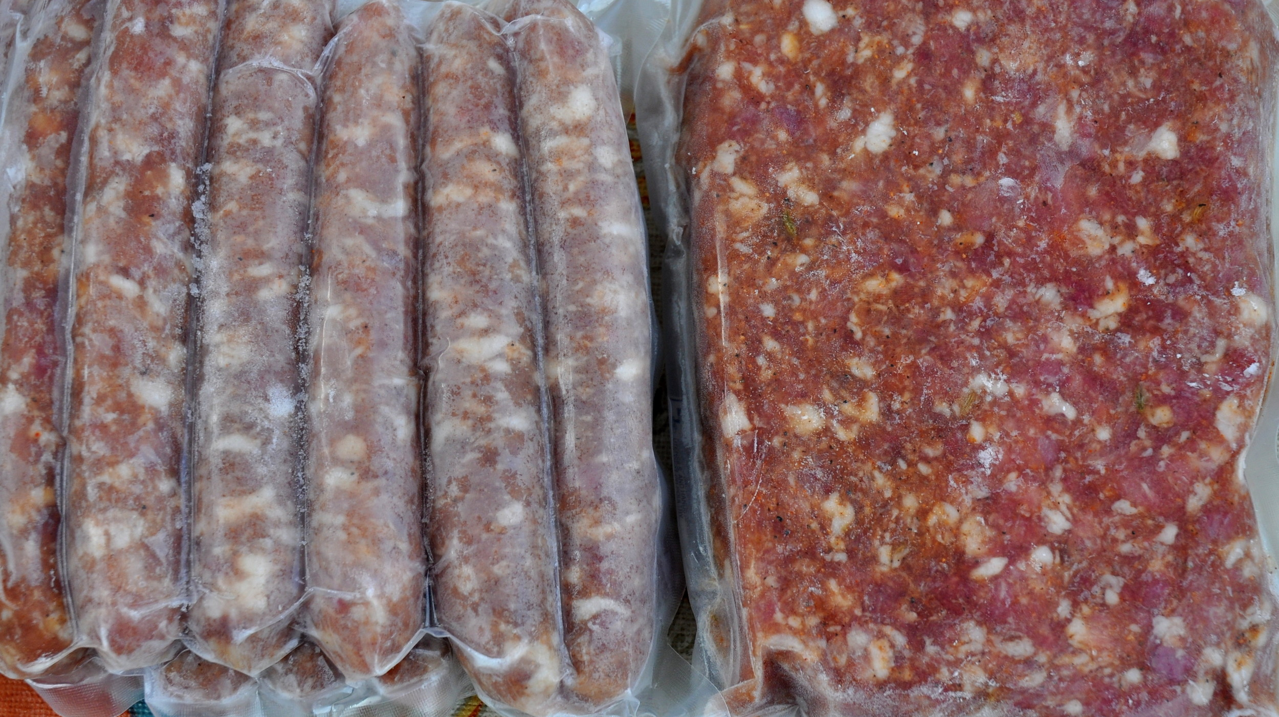 Pork-apple Breakfast links and bulk sweet Italian sausage from Sky Valley Family Farm. Copyright Zachary D. Lyons.
