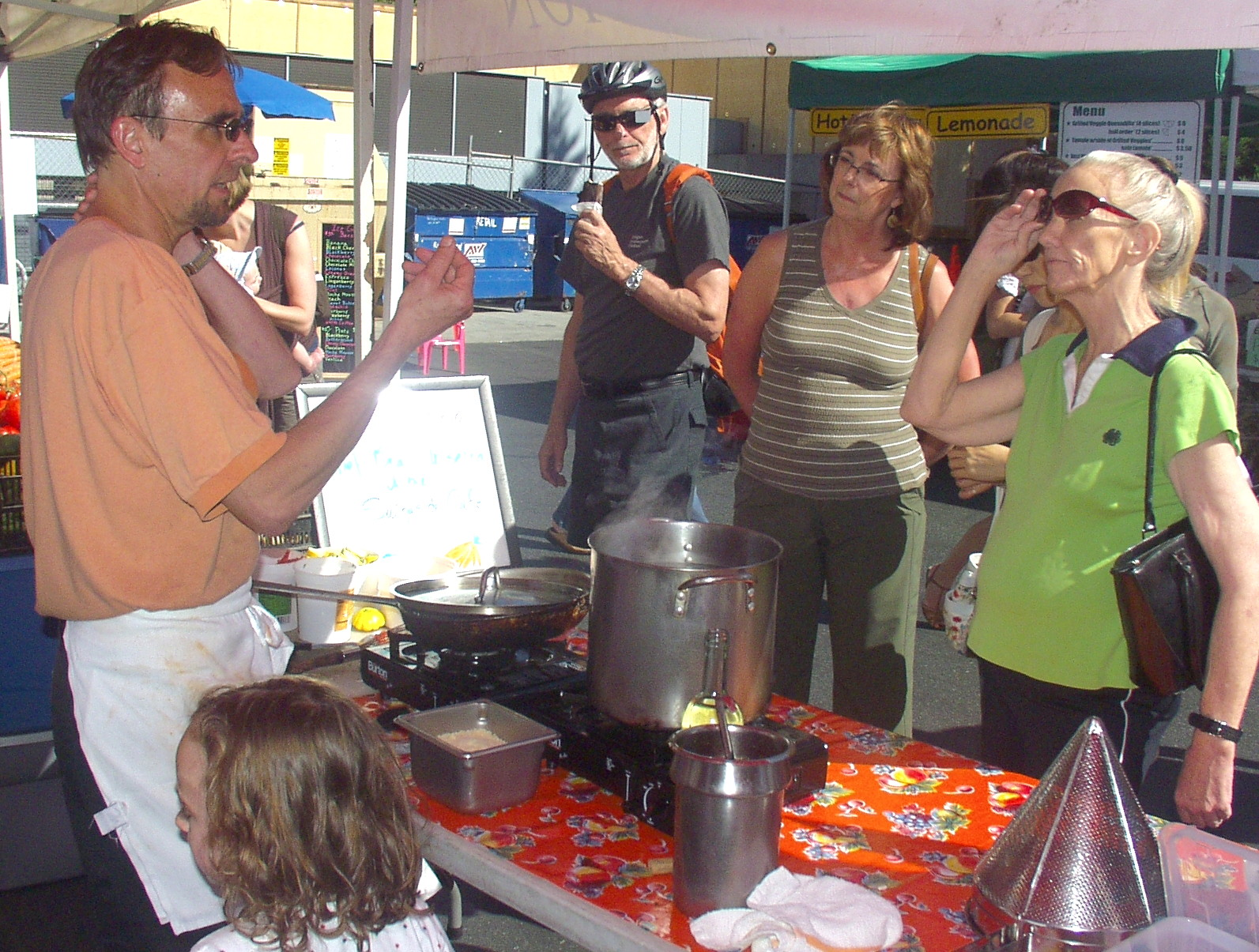 Chef Brad Inserra of Swingside Cafe at his Wallingford Farmers Market cooking demo in 2009. Photo copyright 2009 by Zachary D. Lyons.