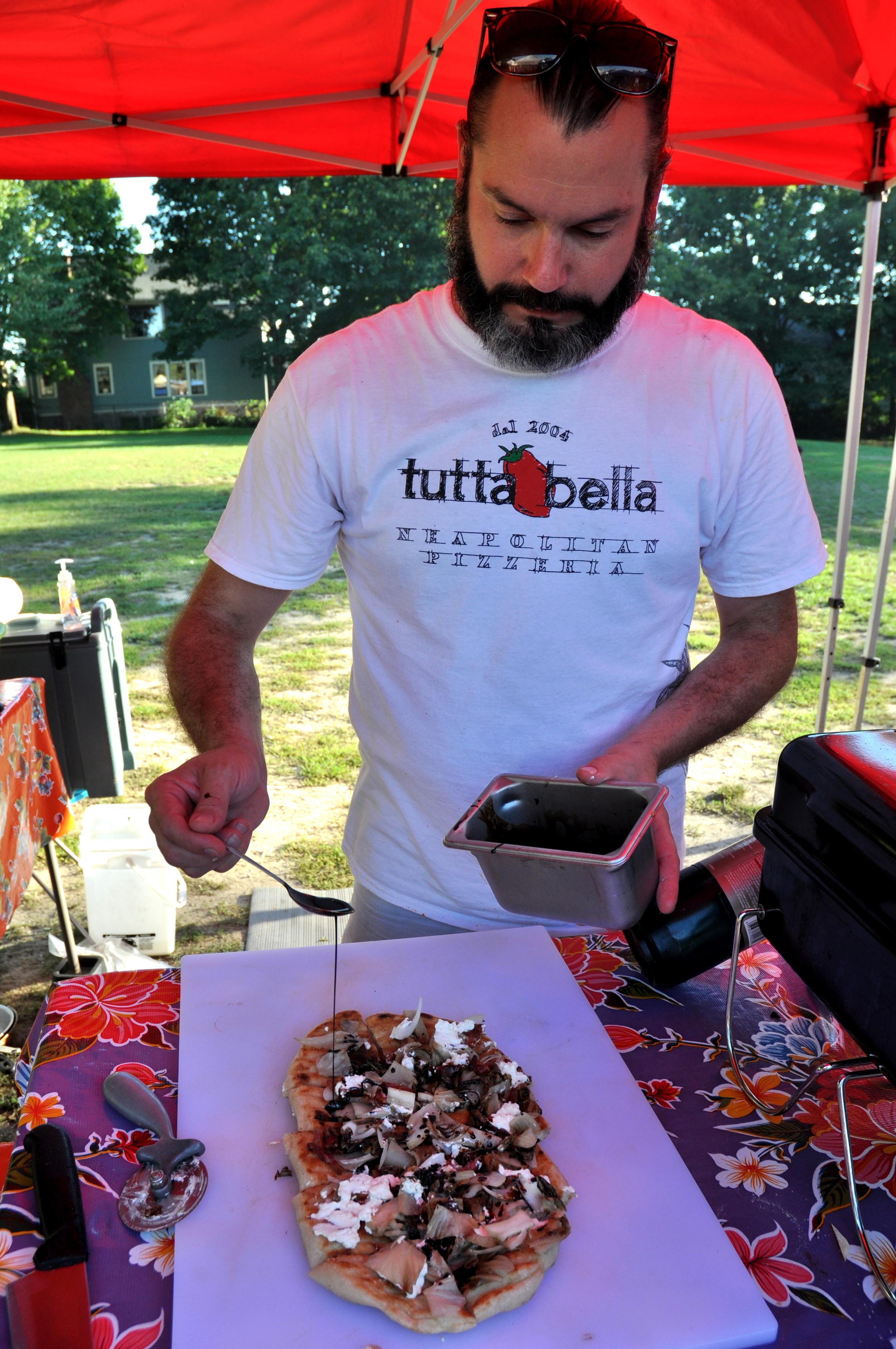 Chef Brian Gojdics of Tutta Bella at Wallingford Farmers Market. Copyright Zachary D. Lyons.