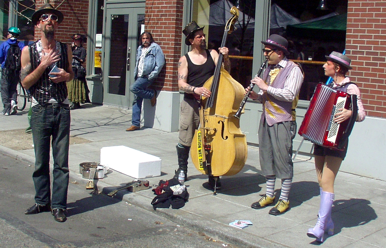 The Circus Contraption band performing at the Market. Photo copyright 2009 by Zachary D. Lyons.