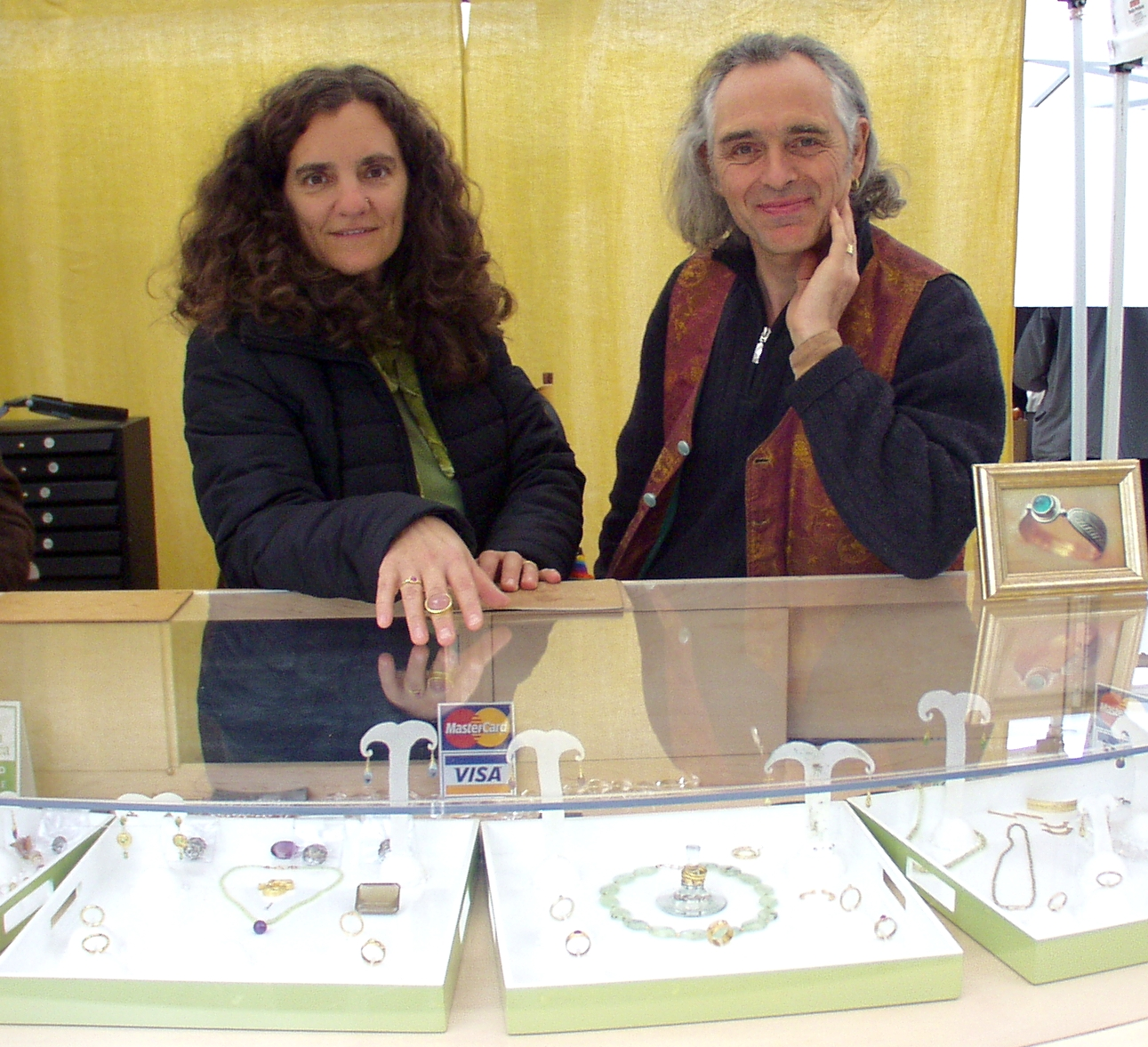 Tom Lambert, right, and Sheryl Morgenstern, of Itali Lambertini jewerly. Photo copyright 2009 by Zachary D. Lyons.