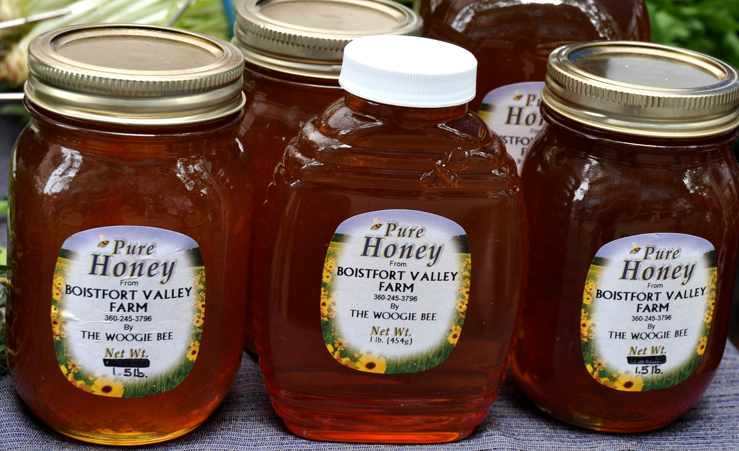 Farm-fresh honey from Boistfort Valley Farm. Photo copyright 2013 by Zachary D. Lyons.