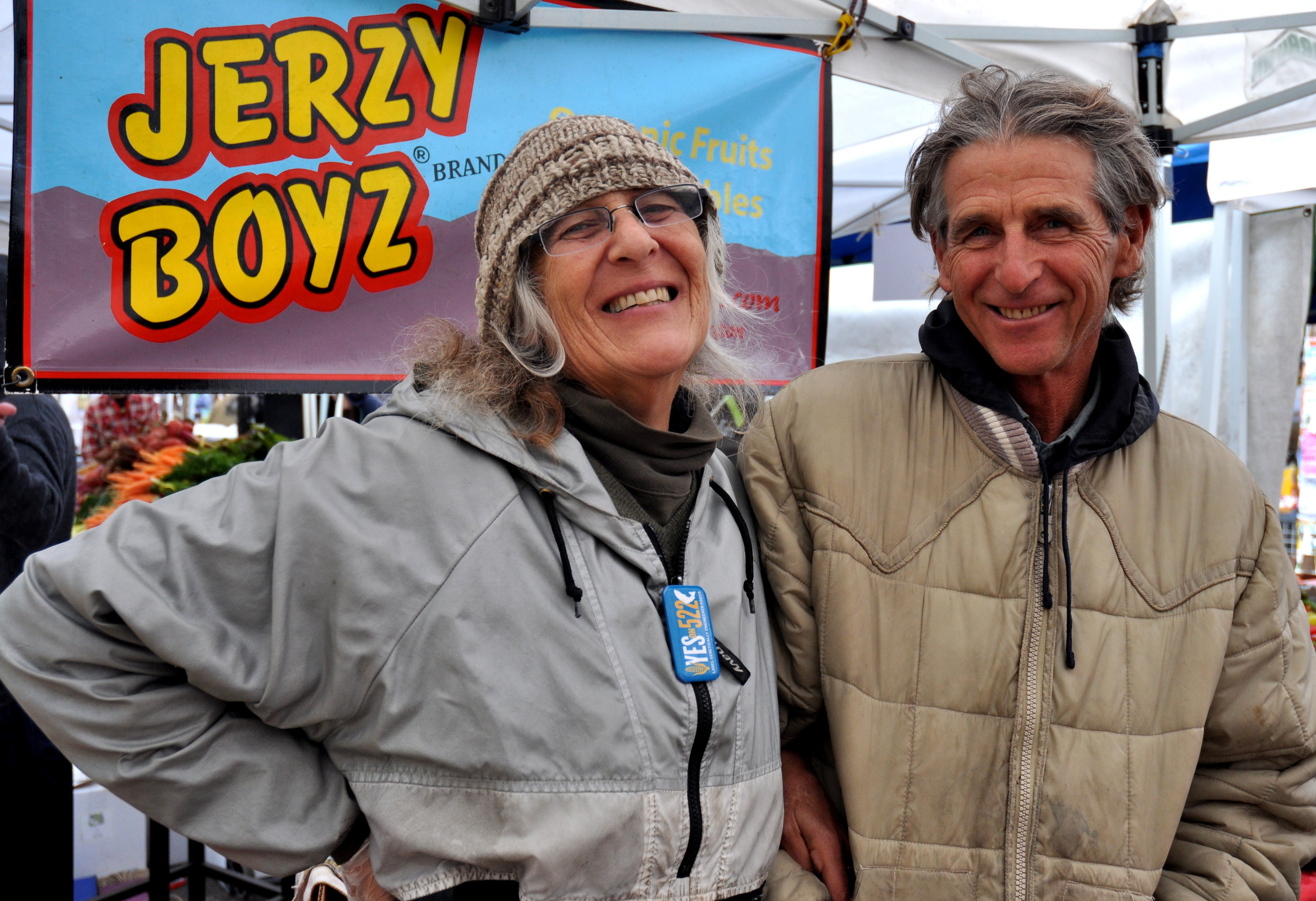 Wynne Weinreb and Scott Beaton of Jerzy Boyz Farm support I-522. Photo copyright 2013 by Zachary D. Lyons.