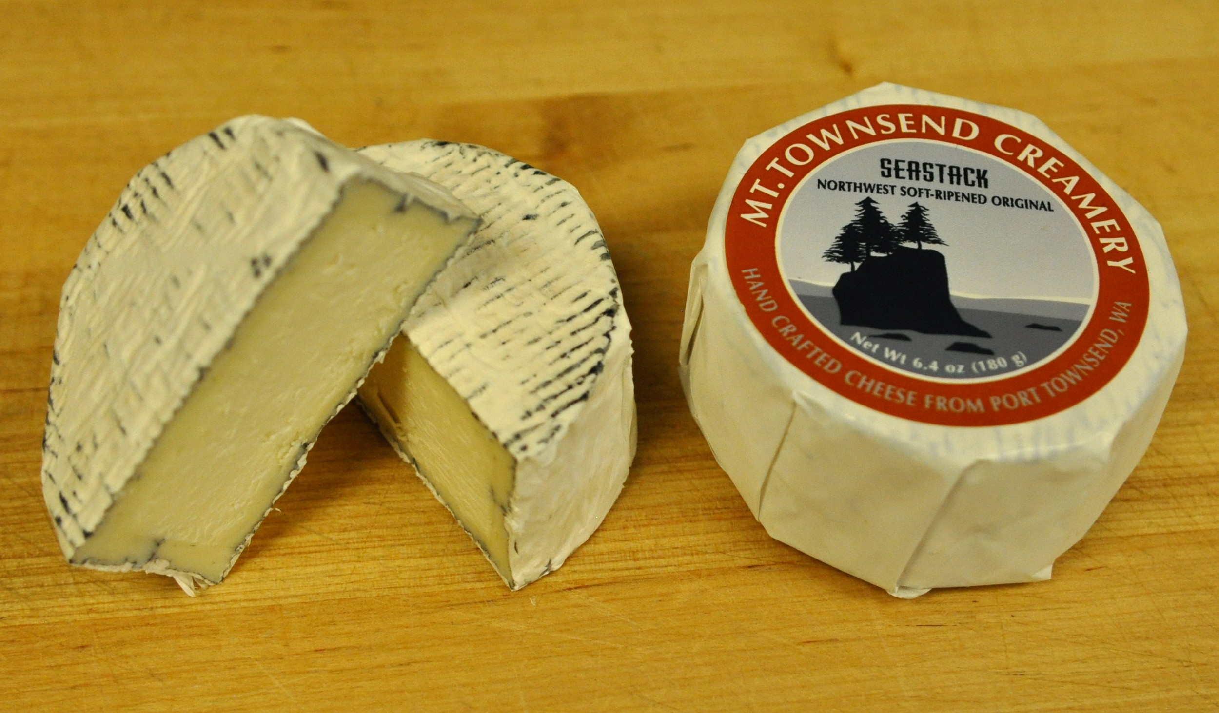 Seastack cheese from Mt Townsend Creamery at Ballard Farmers Market. Copyright Zachary D. Lyons.