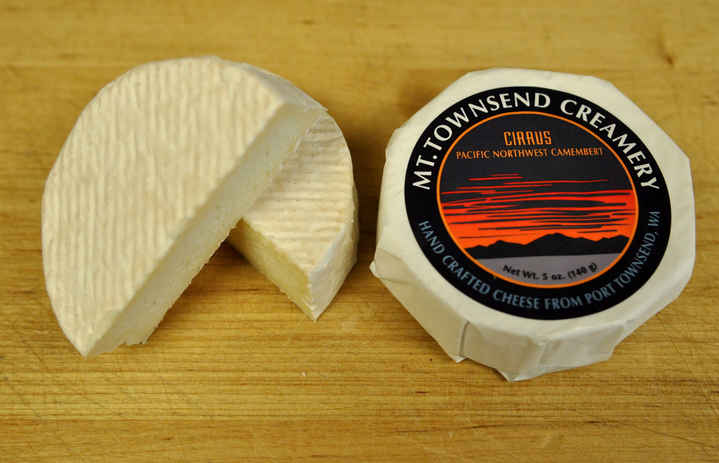 Cirrus cheese from Mt. Townsend Creamery at Ballard Farmers Market. Copyright Zachary D. Lyons.