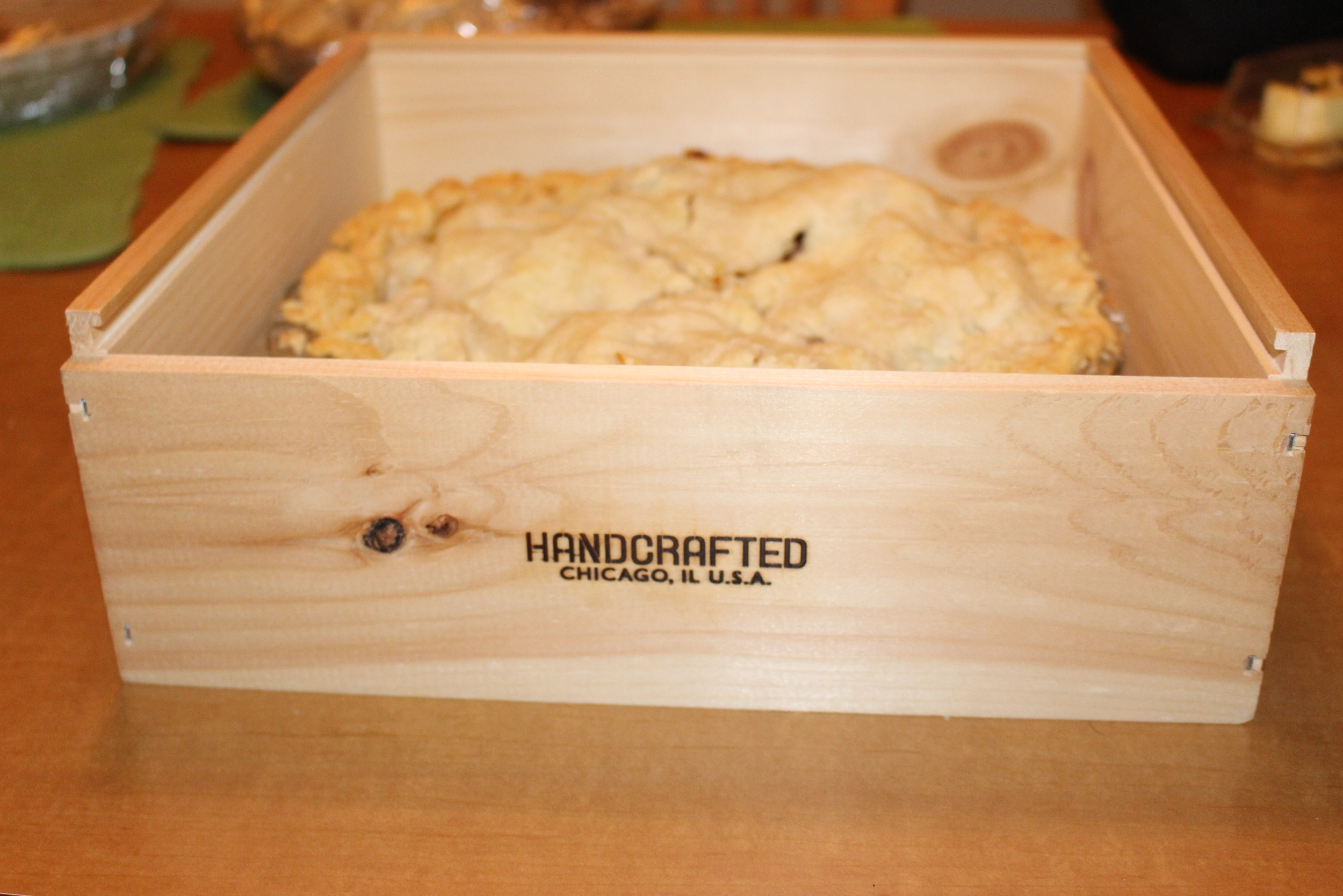 Handsome pine box perfect for carrying a pie to a party!