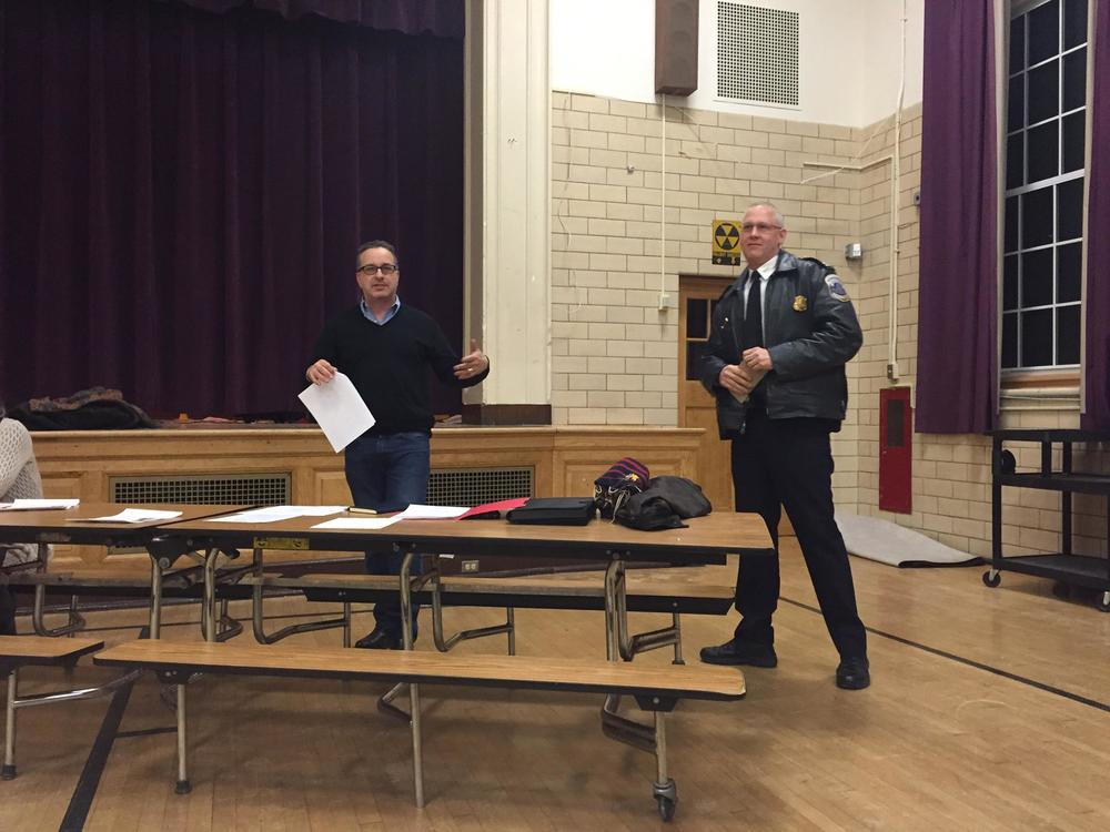 Commissioner Sheon introducing MPD 4D Captain Brian Bray at an ANC 4D meeting.