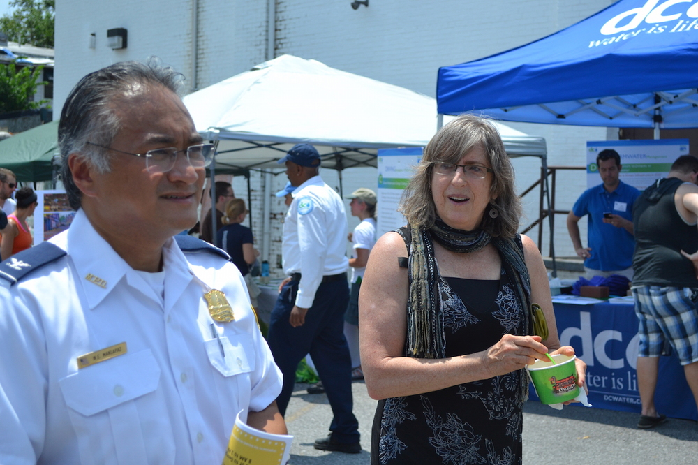 4D Commander Wilfredo Manlapaz and ANC 4D Commissioner Nancy Roth