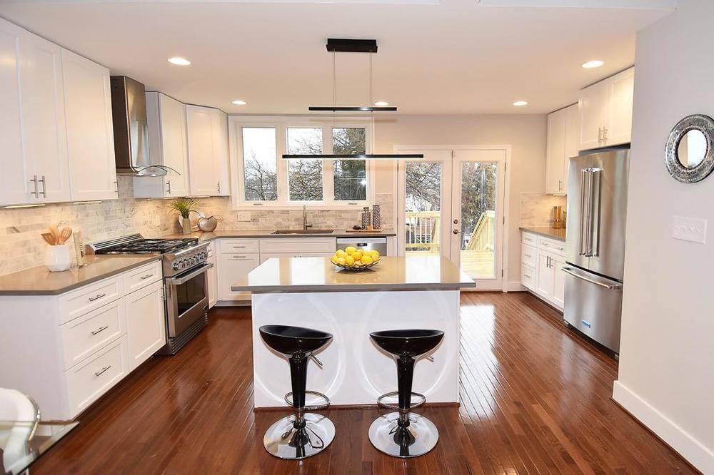 Gourmet kitchen of 823 Emerson Street NW