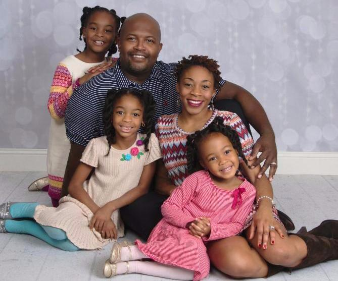 Leon and Kristine Andrews and their three daughters