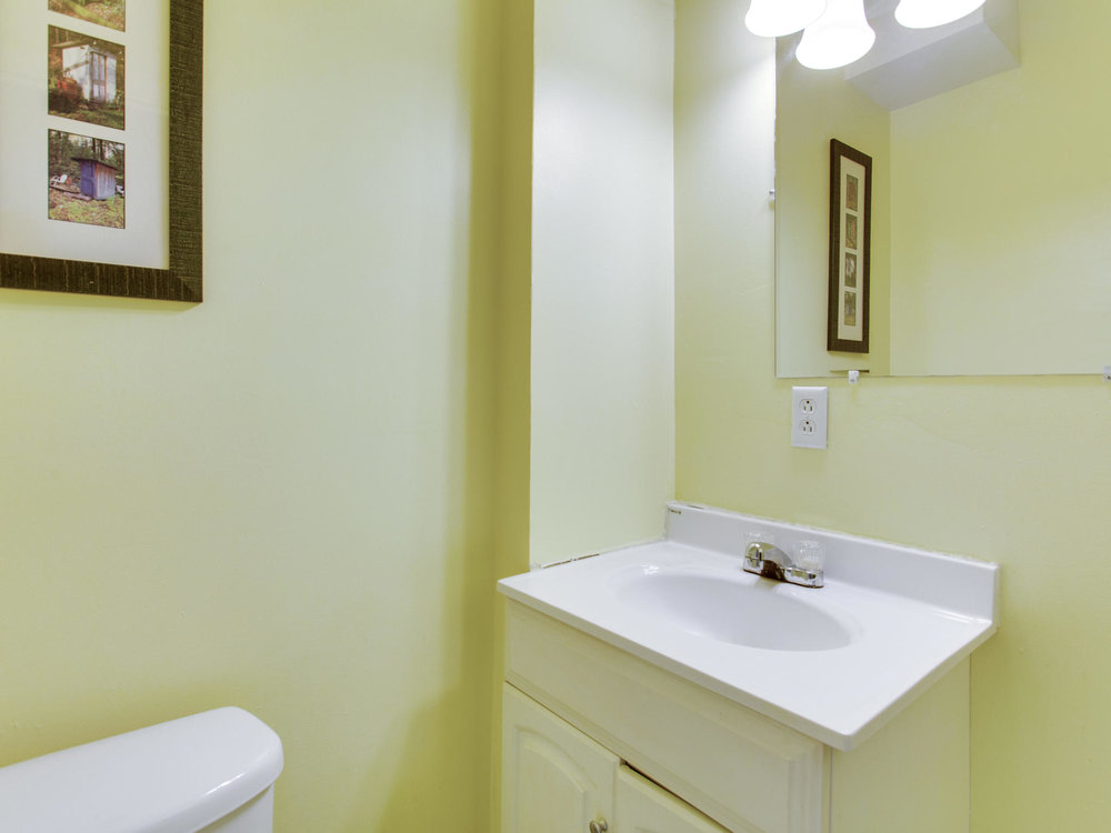 4602 8th St NW Washington DC-MLS_Size-018-56-Powder Room-2048x1536-72dpi.jpg