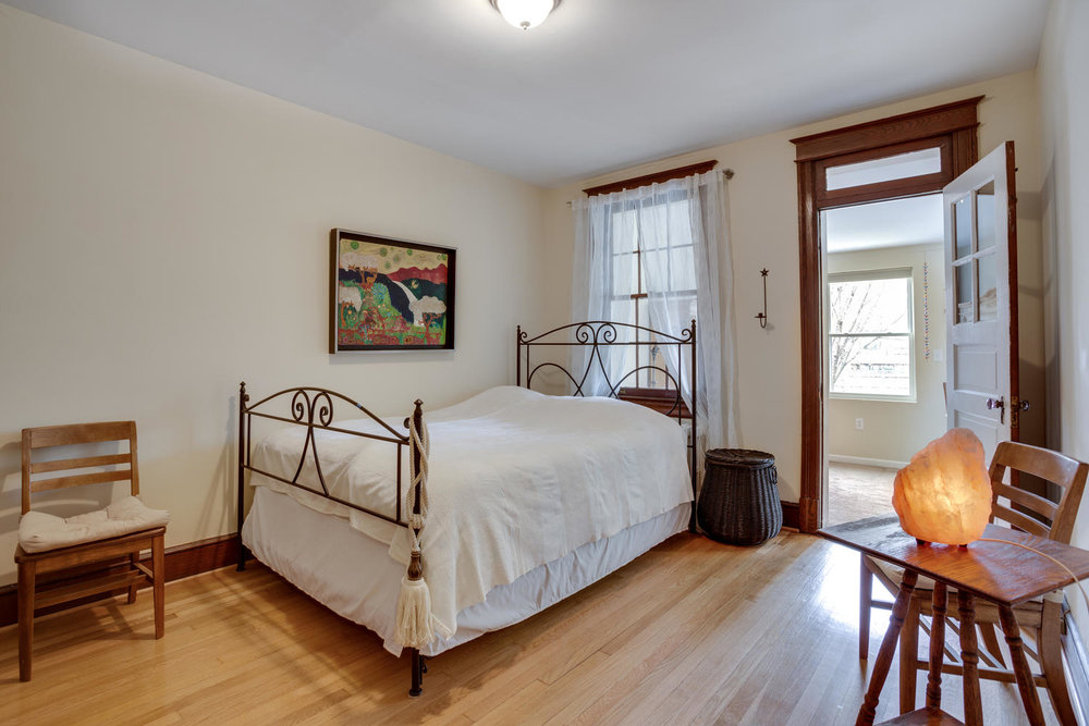 5520 4th St NW Washington DC-large-027-43-Bedroom-1500x1000-72dpi.jpg