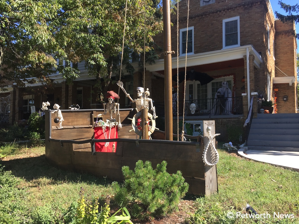 The always popular   Halloween Skeleton Pirate Ship   at 1 Sherman Circle