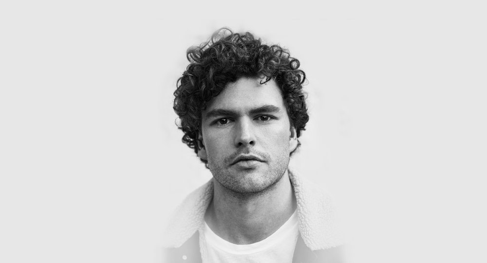Vance Joy. LEAD PRESS SHOT 1 - ONLINE ONLY.jpg