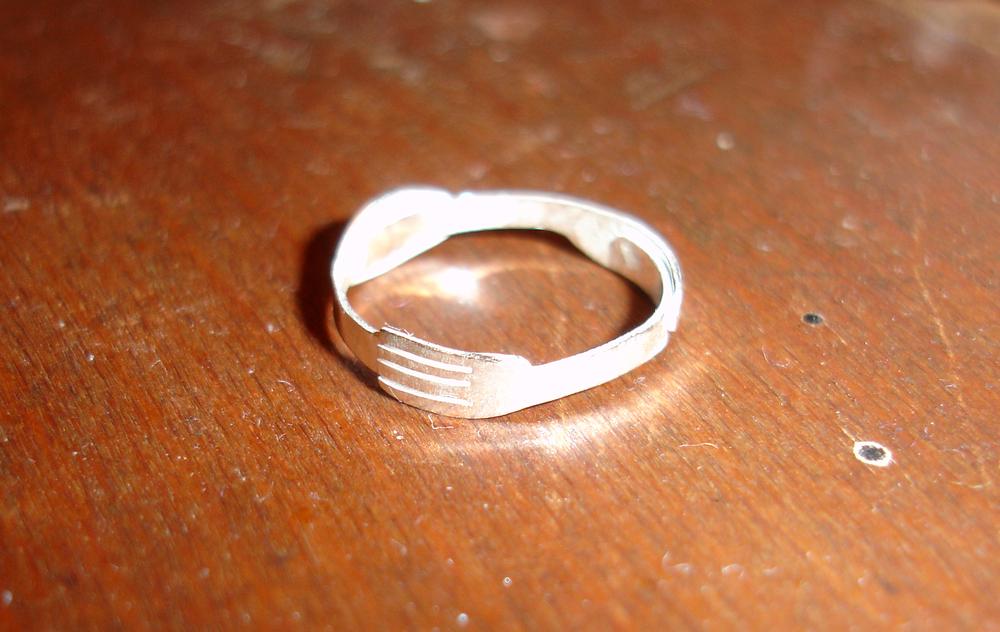 Ring_24_a.jpg
